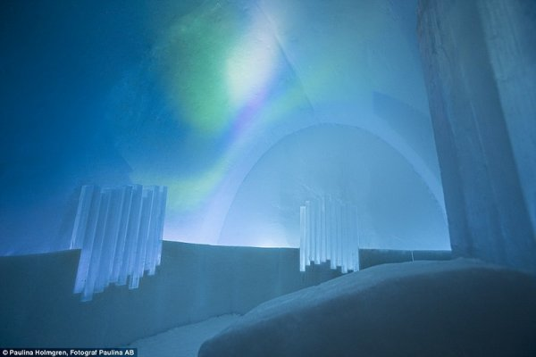 ����������� ����� ��������� Icehotel � ������ (18 ����)