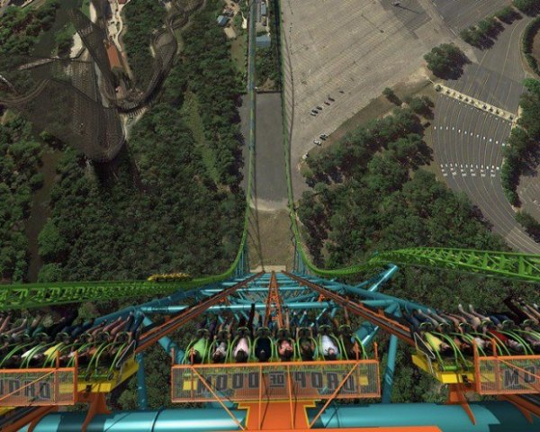 � ���-������ ��������� ����� ������������� � ���� ���������� Zumanjaro Drop of Doom (3 ���� + �����)