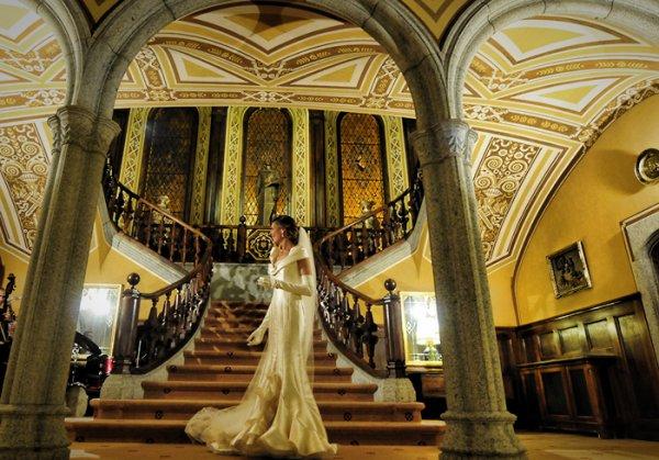 В Барселоне всё чаще свадебные церемонии проводят в старинных замках