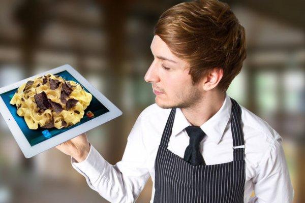 В США в ресторане тарелки успешно заменили на iPad